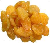 Сушеные персики половинками